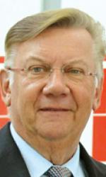 herr-norbert-sonnen-500x490-c-default